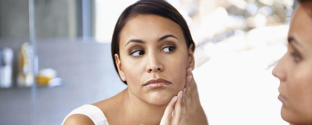孕期注意事项 孕期便秘怎么办 孕期长斑怎么办