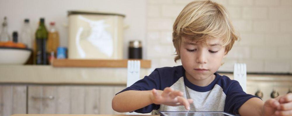 为什么父母不能经常打骂孩子 影响有这些