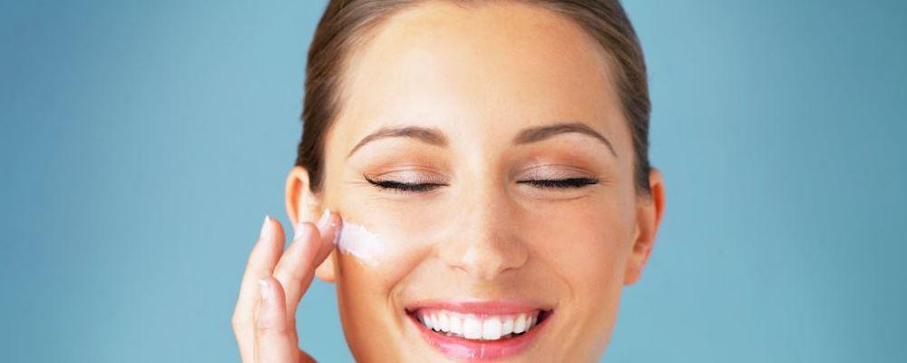 怎样洗脸才能护肤 护肤的方法是什么 女人如何护肤对抗皱纹