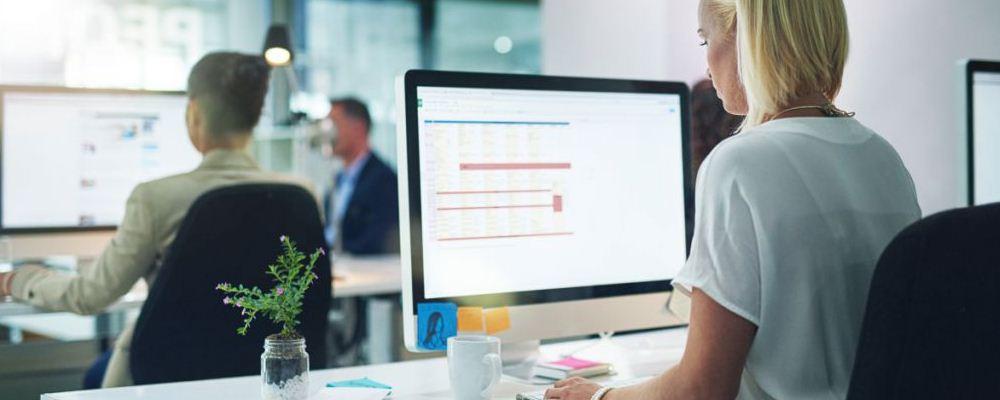 女人久坐有什么影响 办公室女人如何保健 长期久坐会影响腰椎吗