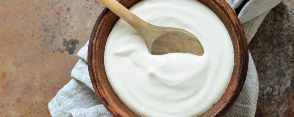 女人补充益生菌好处多 想要身体好坚持喝酸奶