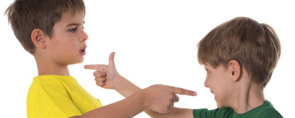 为什么孩子会缺乏安全感 孩子缺乏安全感的表现是什么 孩子喜欢咬手指头是因为缺乏安全感吗