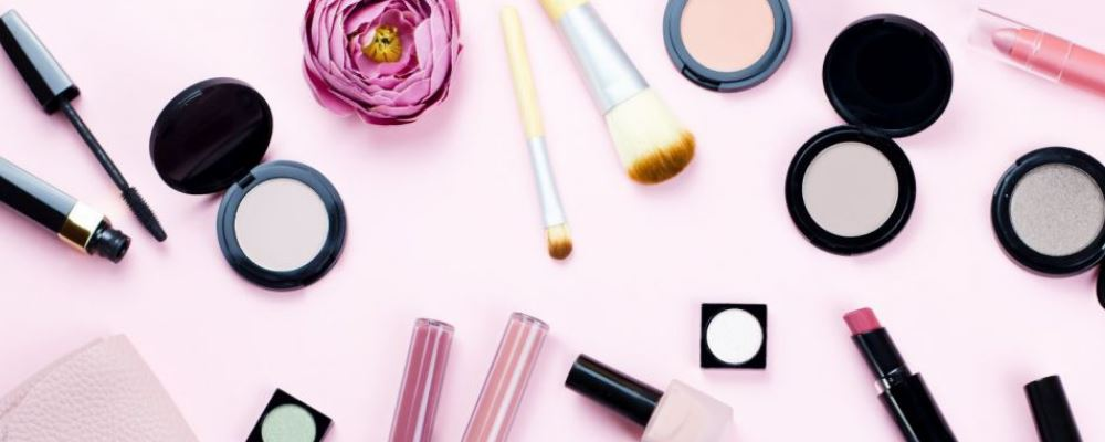 刚怀孕用化妆品有影响吗 刚怀孕可以化妆吗 刚怀孕就化妆的影响是什么