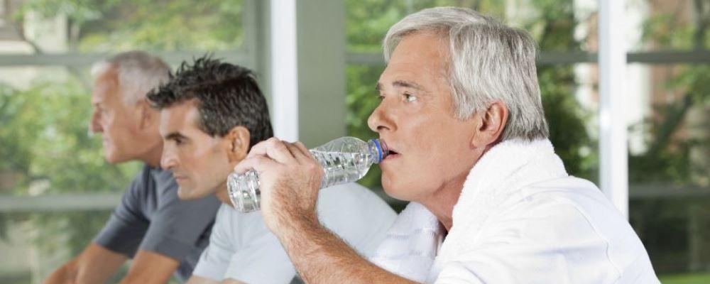 如何让中老年人长寿 让老年人长寿的方法是什么 怎样可以让中老年人长寿呢