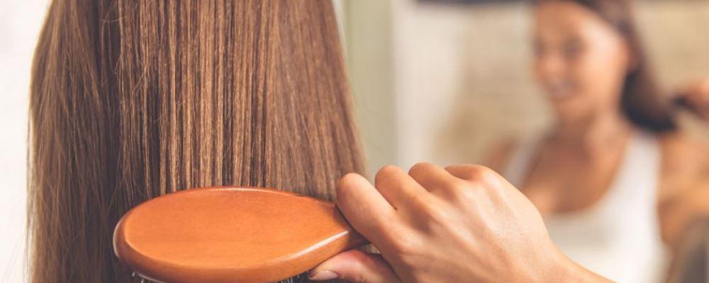 冬季如何预防静电呢 头发会哟静电怎么办 皮肤干燥有静电怎么办