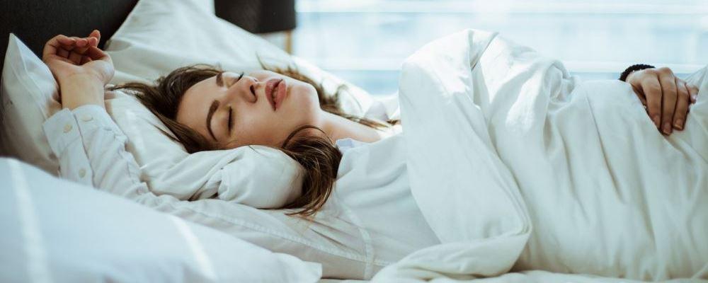 女人睡衣长期不洗会得病 建议睡衣要经常更换