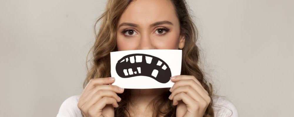 牙缝清洁到底有多重要 清洁口腔要怎么做 怎样清洁口腔好
