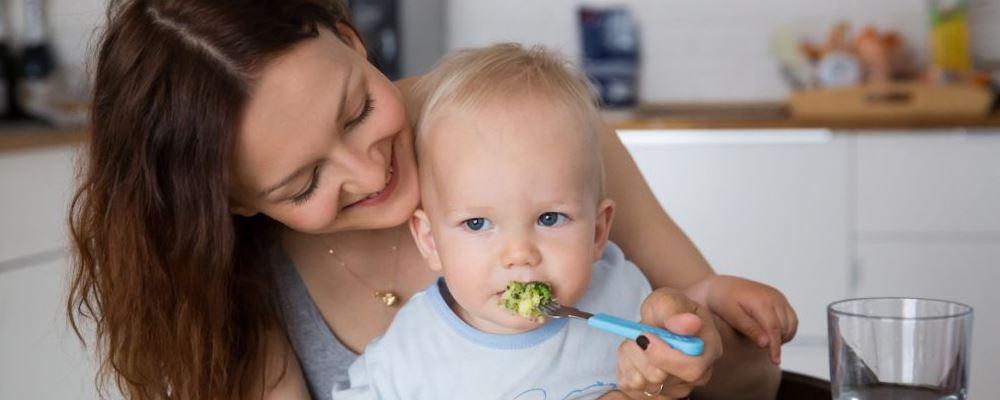 孩子脑发育关键期是什么时候 如何促进孩子大脑发育呢 促进孩子大脑发育的方法是什么