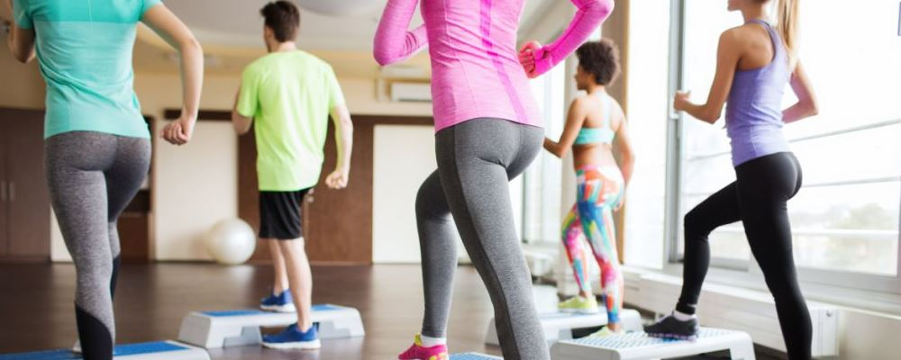 睡前怎么做有助减肥 哪些好习惯有助快速减肥 游泳可以减肥吗