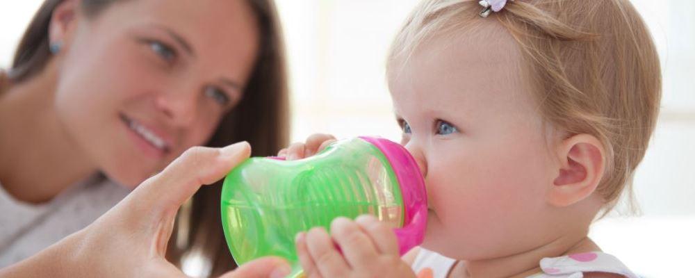 宝宝有痰咳不出怎么办 宝宝有痰咳不出要怎么做 什么方法可以帮助有痰咳不出的宝宝