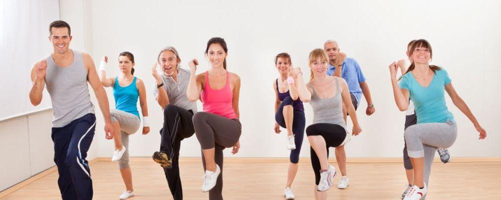 适当运动对身体的好处是什么 女人做什么运动可以保健身体 女人打乒乓球有什么好处