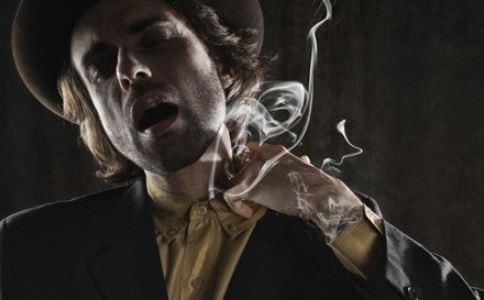 雪茄 男性用品 烟 来由