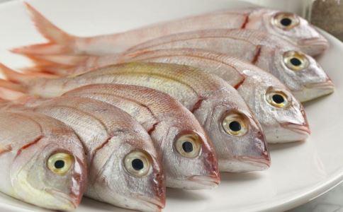 红烧鲫鱼 全程图解菜谱图片