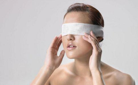 双眼皮要注意什么 双眼皮注意事项是什么 做双眼皮?#24515;男?#27880;意事项