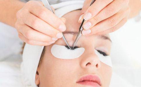眼袋怎么消除 眼袋如何消除 眼袋消除的方法有哪些