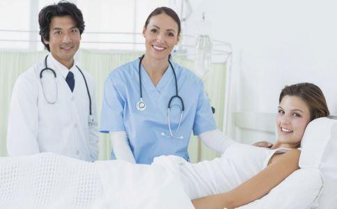 阴道出血怎么办 阴道少量出血如何护理 怀孕阴道出血要注意什么
