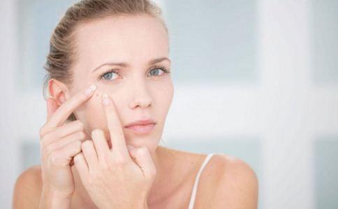 眼窝凹陷的恢复方法是什么 眼窝凹陷的恢复方法有哪些 眼窝凹陷的