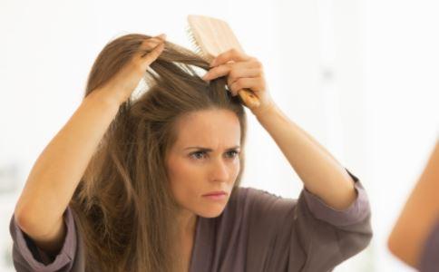 气郁体质人群的头发表现 气郁体质头发有什么表现 气郁的表现症状