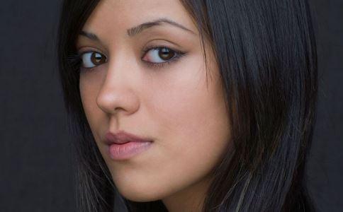血瘀体质眼睛有哪些症状 血瘀体质眼睛有什么表现 血瘀体质的症状