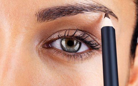 植眉的危害有哪些 植眉的危害 什么是植眉