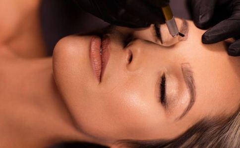 无痕切眉手术要求是什么 什么是无痕切眉手术 无痕切眉术注意事项