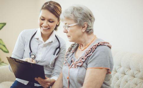 老年性外阴萎缩怎么回事 老年性外阴萎缩是怎么引起的 老年性外阴