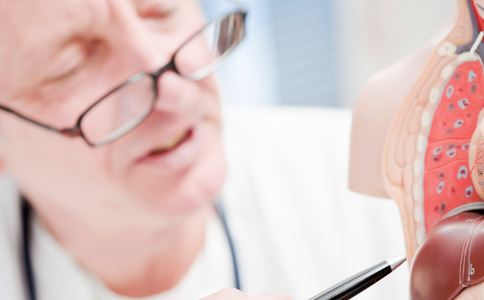 青年受肝包虫病折磨12年 什么是肝包虫病 肝包虫病的预防
