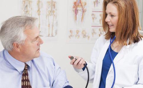 尿毒症是怎么引起的 尿毒症有哪些症状 尿毒症的病因是什么