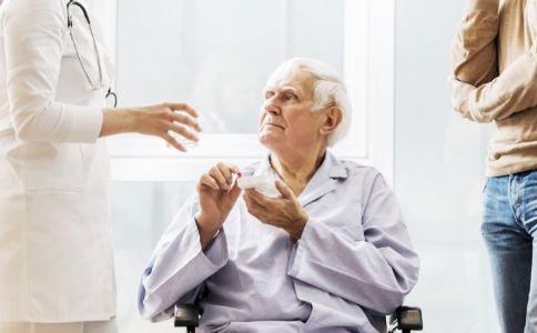 常抖腿是一种病 抖腿的原因有哪些 抖腿是肾虚吗