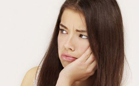 慢性肠胃炎有哪些症状 慢性肠胃炎的治疗 慢性肠胃炎怎么办