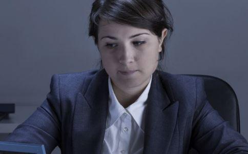 建议给经期女职工特殊保护 经期有哪些注意事项 经期注意事项