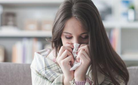 20岁姑娘长10岁脸 什么是糖原积累症 糖原积累症的症状