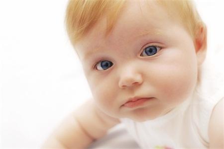 小儿癫痫可以药物治疗吗 小儿癫痫药物治疗需要注意什么