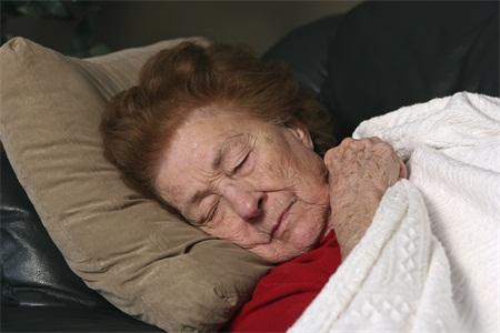 老年癫痫饮食注意什么,老年癫痫不能吃什么,老年癫痫能喝茶吗
