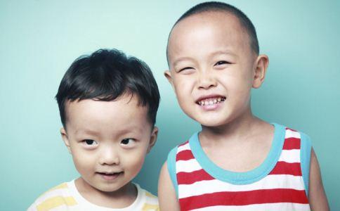 小儿癫痫的症状有哪些,导致小儿癫痫发生的原因有哪些,为什么会患上小儿癫痫