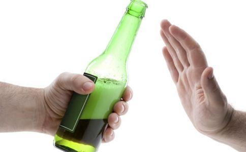 导致酒精肝的原因有哪些,酒精肝的前期症状是什么,如何预防酒精肝