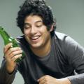 酒精肝危害有四点 做好预防是关键