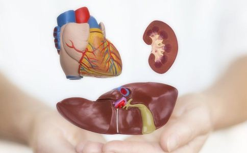 肝癌的症状有哪些,肝癌的表现是什么,导致肝癌发生的原因有哪些