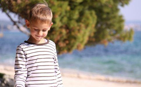 青少年白癜风的护理方法,青少年白癜风的病因,导致青少年白癜风的主要因素