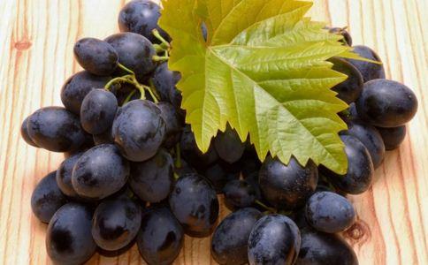 白癜风能吃葡萄吗,白癜风饮食注意什么,白癜风不能吃什么水果