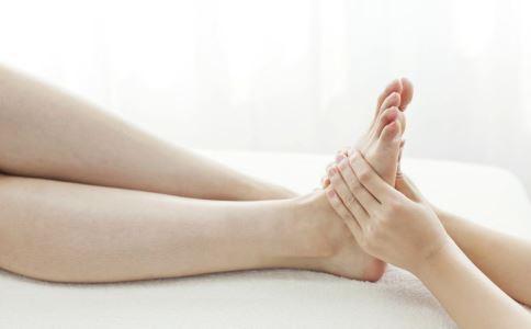 夏季五个步骤去除脚臭