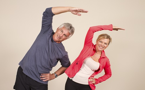老人晨起健身老人晨起要做什麼老人晨起運動有哪些