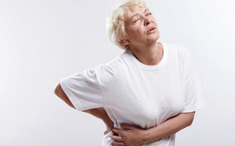 老年人腰痛的原因老年人腰痛怎麼辦腰痛的原因有哪些