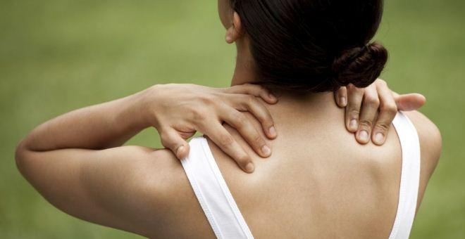 肩髃穴的功效与作用,肩髃穴的准确位置图,按摩肩髃穴的作用