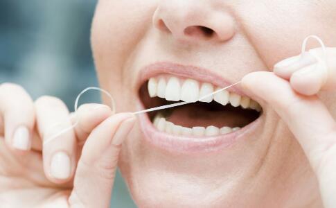 导致口腔溃疡的习惯有哪些 或是这几种