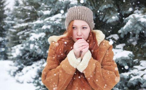 冬天不穿内衣真的好吗 女性穿戴内衣要避免哪些误区 女性内衣是否需要天天穿