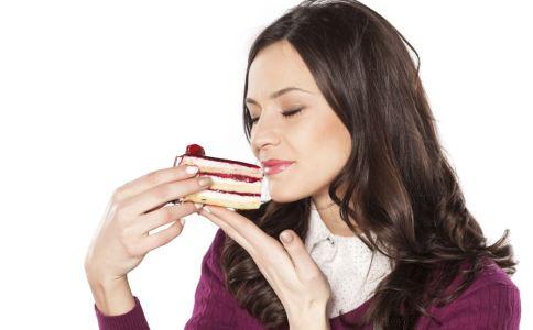吃甜食可以缓解痛经吗 痛经怎么办 哪些食疗方可以缓解痛经