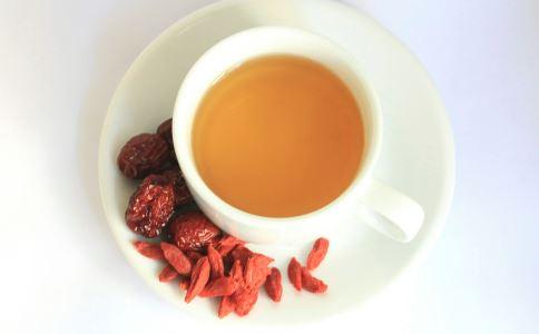女性喝什么茶养生 红枣枸杞茶有哪些功效 玫瑰花茶怎么冲泡