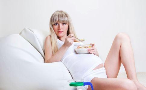 孕期白带多正常吗 孕期阴道炎怎么办 孕期如何护理私处