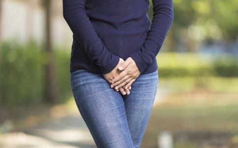 女性白带有血丝是怎么回事 如何预防白带异常 白带有血丝是什么原因